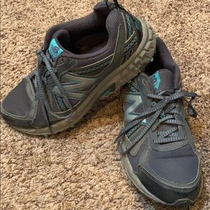 New balance all terrain in charcoal gray and teal